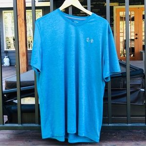 Quick dry Under Armor T-shirt